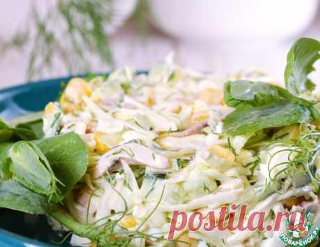 Салат с капустой и кальмарами – кулинарный рецепт
