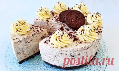 Творожный торт с клубникой без выпечки