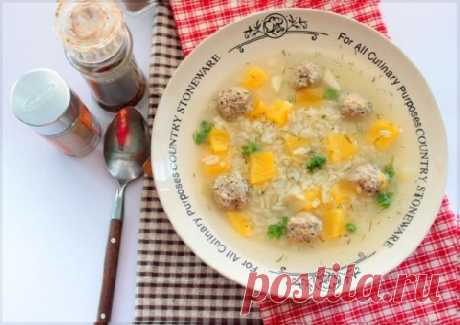 Лёгкий сезонный рецепт: тыквенный супчик с мясными шариками — Готовим дома