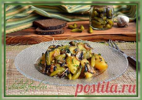 (6) Картошка с грибами и огурчиками - пошаговый рецепт с фото. Автор рецепта Екатерина Дубовицкая🌳 . - Cookpad
