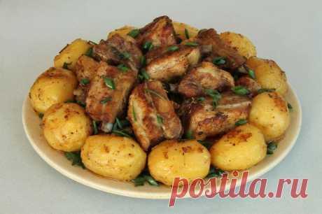 Картофель с ребрышками: