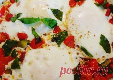 (12) Шакшука на завтрак или просто яичница, неПП - пошаговый рецепт с фото. Автор рецепта Марина Ларионова 🌱🌳 . - Cookpad