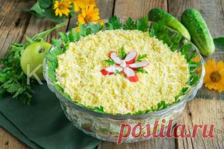 Салат с крабовыми палочками «Восторг». Пошаговый рецепт с фото Этот салат с крабовыми палочками «Восторг» обязательно понравится любителям салатов из крабовых палочек.