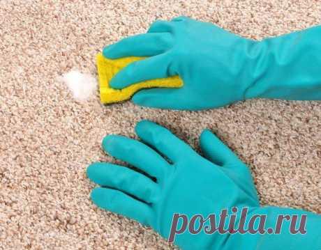 Очень интересный и очень эффективный способ,как почистить ковер.