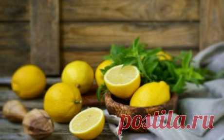 Лимон для печени: польза и вред, 6 рецептов для ее чистки в сочетании с оливковым маслом, содой, медом и другими продуктами Вы узнаете, как влияет лимон на печень, какова его польза и потенциальный вред. Обсудим рецепты для чистки на его основе с медом, оливковым маслом, содой и мятой. Можно ли его есть при циррозе, гепатозе и других заболеваниях?