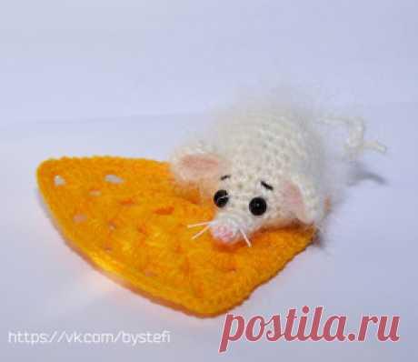 Мышонок сырнечек