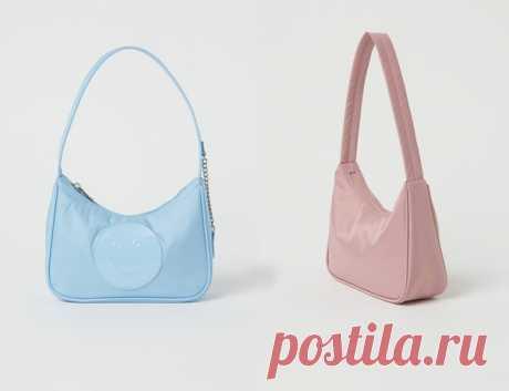 Голубая или розовая?💙💗 Абсолютный тренд последних сезонов — мини-сумка из нейлона. Стильная и практичная, ей найдется применение в любом гардеробе. #HM