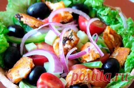 Греческий салат с секретом | Fresh-Recipes