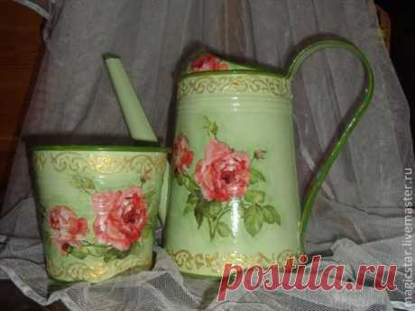 Restoration of a watering can and cache-pot