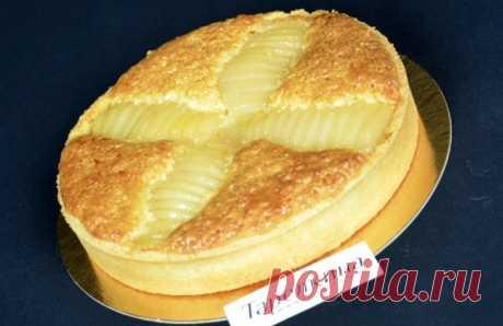 Тарта с грушей и миндальным кремом рецепт от Тарелкиной. Рассыпчатое тесто, крем с миндальной ноткой и груша с ванилью — все это вы почувствуете откусив кусочек этой замечательной тарты!
