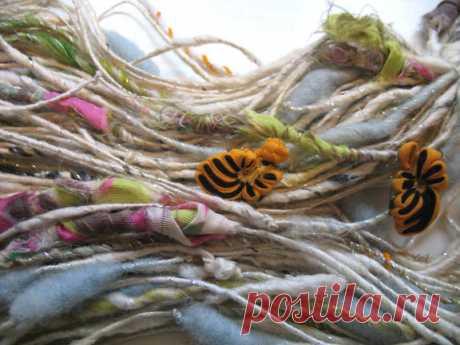 handspun yarn work in progress GEISHA
