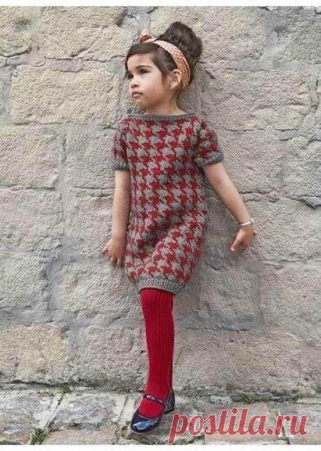 Стильное платье для девочки из категории Интересные идеи – Вязаные идеи, идеи для вязания