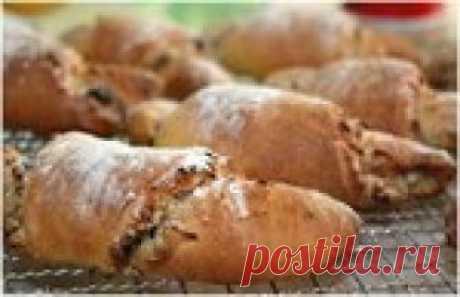 Быстрые творожные круассаны с яблочно-ореховой начинкой