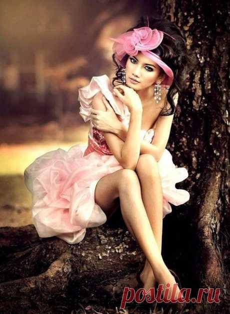 Настоящая красота живёт в сердце, отражается в глазах и проявляется в поступках.  Ошо