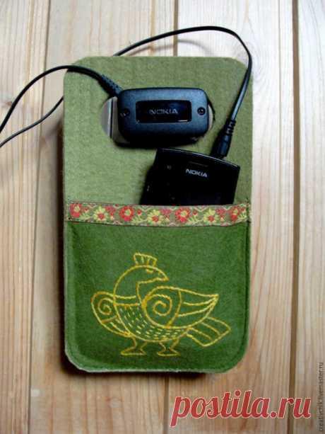 Шьем удобный кармашек для зарядки телефона