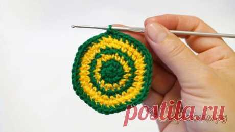 Смена нити при вязании крючком по кругу (видео и фото МК)