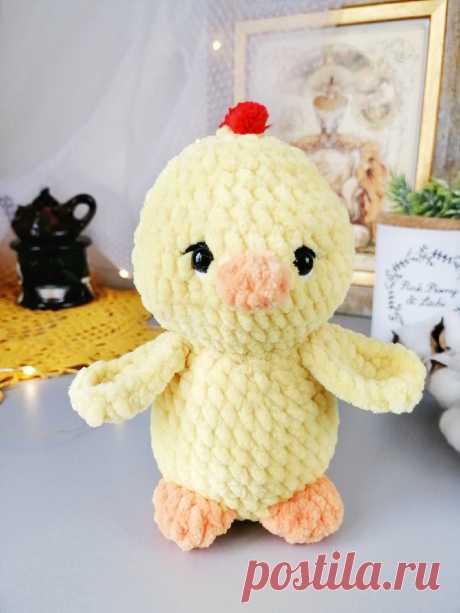 PDF Цыплёнок Пи крючком. FREE crochet pattern; Аmigurumi bird patterns. Амигуруми схемы и описания на русском. Вязаные игрушки и поделки своими руками #amimore - маленький цыпленок к Пасхе, плюшевые цыплята, пасхальный цыплёнок из плюшевой пряжи.
