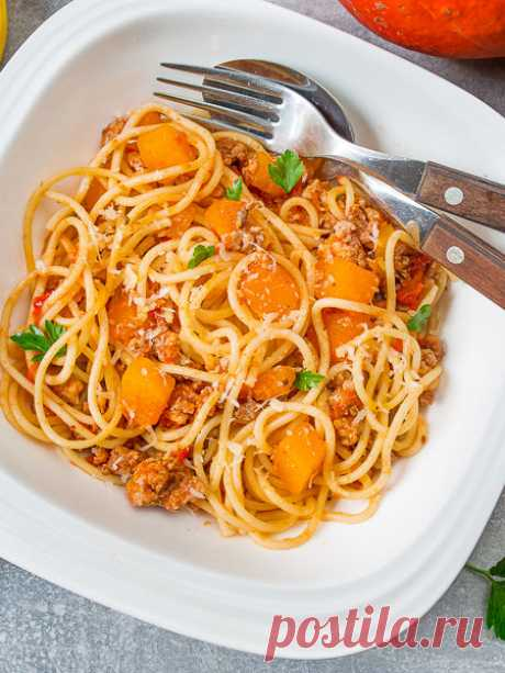 Рецепт спагетти с мясным соусом и тыквой