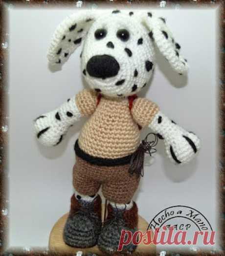 1000 схем амигуруми на русском: Вязаная собака далматинец