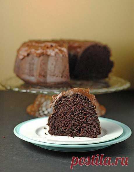 We prepare together \/ Chocolate cake with chocolate sour cream glaze.