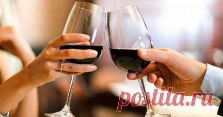 Названа безопасная доза алкоголя дляженщин имужчин | Люблю Себя Стало известно, какой дневной алкогольный максимум рекомендуют врачи, если все же хочется выпить. Согласно исследованию, для мужчин и женщин дневная доза алкоголя будет разной. Для минимального вреда здоровью мужчинам стоит ограничиться 24 граммами в день, а женщинами — 12 граммами. Это подтверждено исследованием немецких ученых. Проще говоря, женщины могут позволить себе 0,3 пива или бокал сухого вина. Мужч...