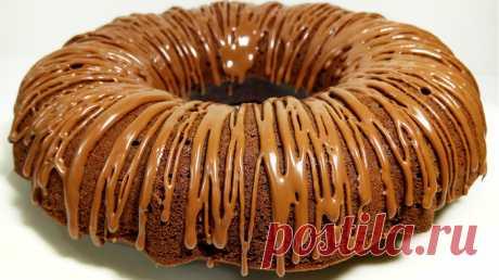 Безумно вкусный шоколадный кекс: Сметут всё за секунды!