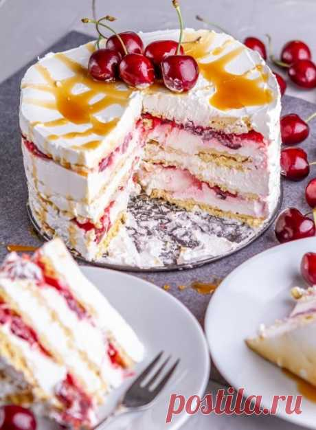 Сливочно-черешневый торт без выпечки