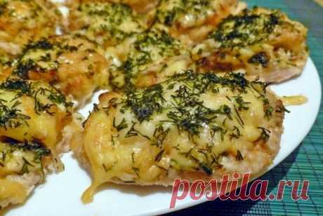 Грудка с шампиньонами в духовке: самые вкусные рецепты куриного филе с сыром и помидорами