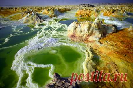 Красочные серные озера с космическими пейзажами, где ищут «белое золото» | Все о туризме и отдыхе