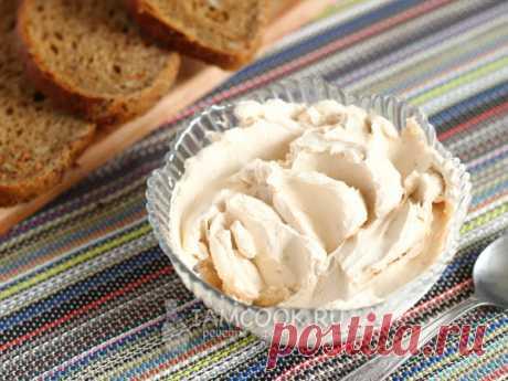 Сыр из ряженки — рецепт с фото Домашний творожный сыр - альтернатива покупному крем-чизу. Подходит как для простых бутербродов и закусок, так и для десертных кремов.