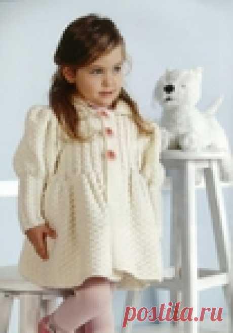 Подборка пальто спицами для самых юных модниц