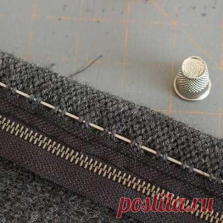 Как вшить молнию в вязаную вещь: мастер-класс