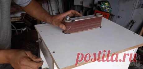 Простой шлифовальный станок из двигателя от стиралки Обойтись без шлифовального станка в домашней мастерской или гараже очень сложно. И если нет возможности купить шлифстанок, его можно изготовить своими