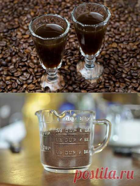 Готовим ликер из растворимого кофе, водки и коньяка | Лайфхакер