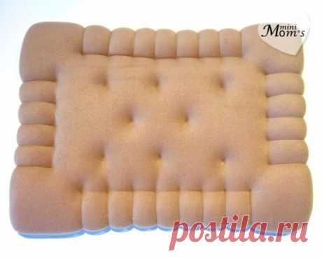 Декоративная подушка-игрушка Печенье (на диван или в детскую комнату) – Ярмарка Мастеров