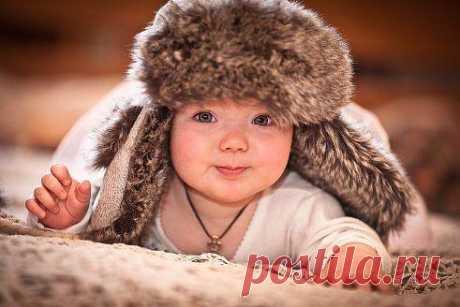 Создать семью и родить детей — не так уж трудно!!! Труднее удержать семью на протяжении всей жизни, и вырастить детей достойными и ни в чём не нуждающимися!!