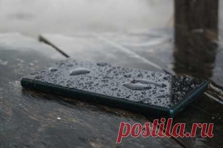 Появился простой способ удалить влагу и грязь из телефона - Hi-Tech Mail.ru