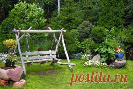 Садовые качели для загородного дома: как выбрать, виды качелей, фото в дизайне сада