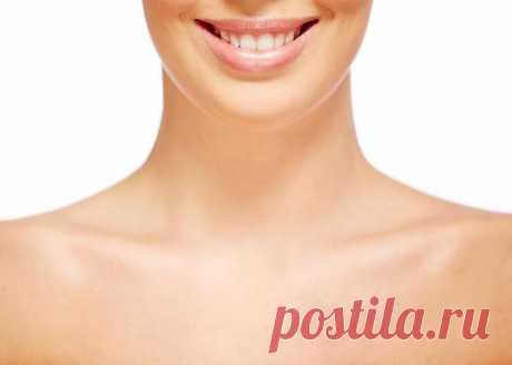 Делайте эту простую процедуру для шеи и вы избавитесь от дряблости кожи! Экспресс- массаж шеи, регулярное использование которого эффективно помогает против такого неприятного явления как дряблая морщинистая шея. Этот массаж выполняется на увлажняющий крем. Шея первой выдае...