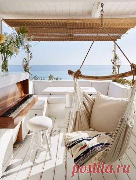 Дача мечты: 30 квадратных метров на берегу Средиземного моря