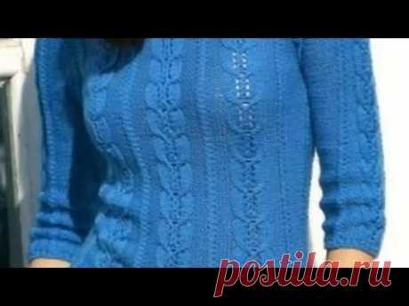 Стильный базовый свитер спицами с очень необычным узором.