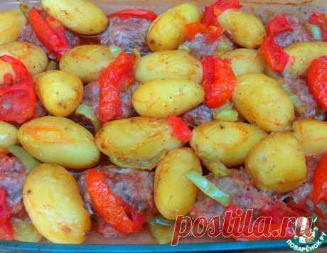 Котлеты с молодым картофелем в духовке – кулинарный рецепт