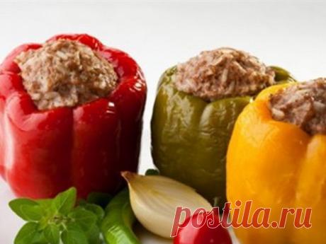 Перцы, фаршированные мясом и гречкой