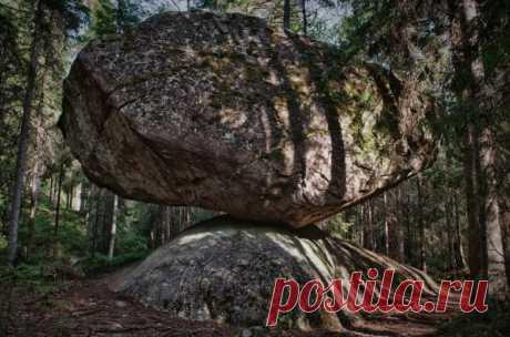 Необычный камень Куммакиви