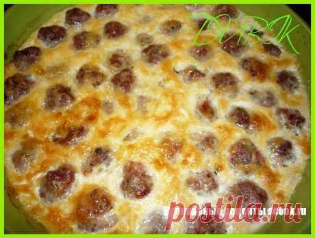 Мясные шарики с ветчиной в сырном соусе