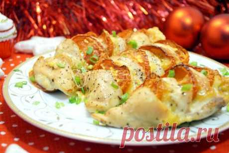 Новогодние вторые блюда Новогодние рецепты вторых блюд с фото на новогодний стол. Гости останутся под впечатлением от этих вкусных и замечательных новогодних блюд. Устройте незабываемый Новый год! Новогодние пошаговые рецепты с фото.