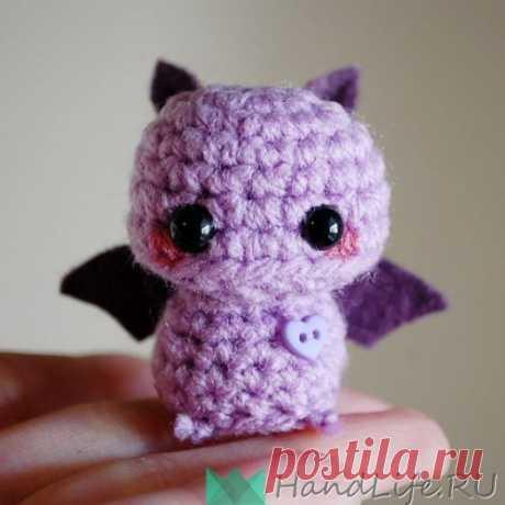 Вязаная летучая мышь, игрушка (видео) / Праздники