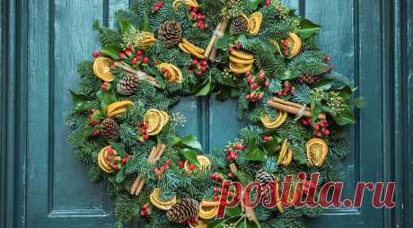 Как украсить дверь на новый год: оригинальные идеи своими руками — IVD.ru