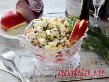 """Салат «Оливье» без яиц — рецепт с фото на Русском, шаг за шагом. """"Оливье"""" без яиц - всем знакомый салат, только хранится подольше, чем с яйцами. #рецепт #салат #салатик #оливье #салаты #новыйгод"""