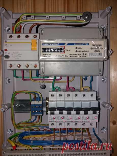 Ввод электричества в дом: лучше три фазы или одна? Простое и понятное объяснение   Заметки Электрика   Яндекс Дзен